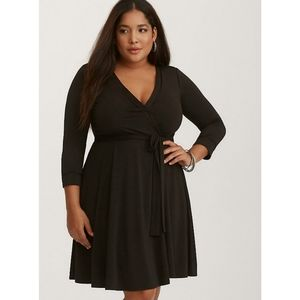 [4X] Torrid - Jersey Wrap Dress